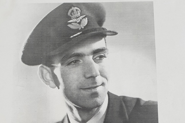 Flight Lieutenant Henry Falls-Hand – A Local Hero